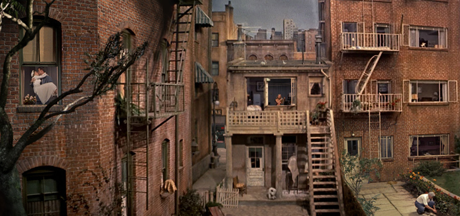 rear window 2 essay Free movie review essay example on rear window by alfred hitchcock | movie review.