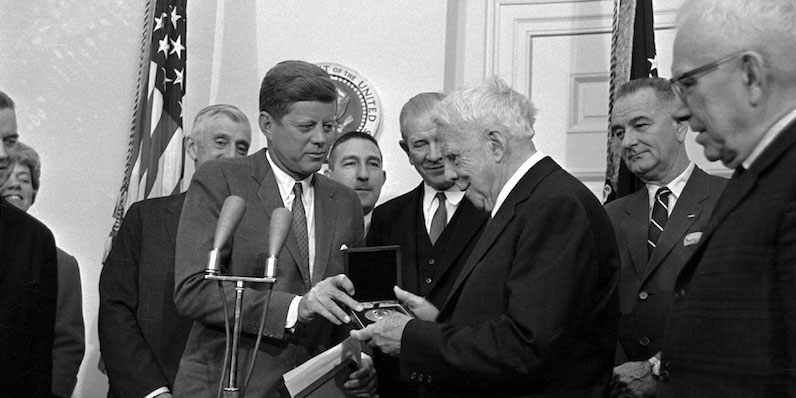 We Didn't Always Pair Poets to Presidents: How Robert Frost Ended Up at JFK's Inauguration