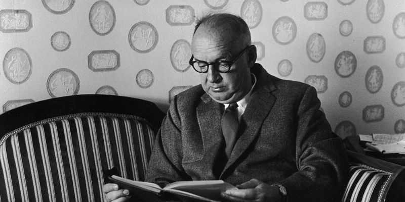 https://lithub.com/wp-content/uploads/sites/3/2018/09/nabokov-mystery-feat.jpg