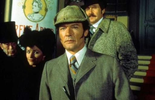 Roger-Moore-Sherlock.jpg