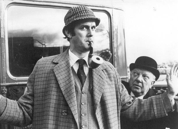 Sherlock-Holmes-John-Cleese.jpg